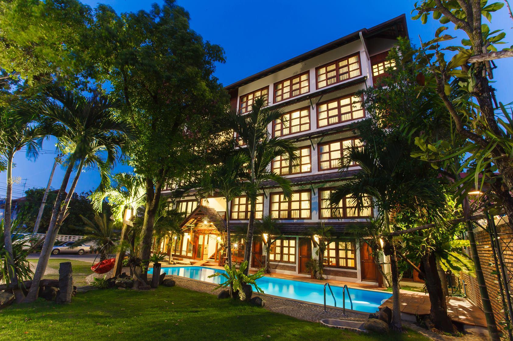 Serene Teak Apartment in Chiang Mai - Thailand | Nomad Rental