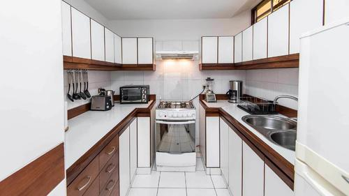 Fully equipped kitchen at Saenz Peña Boulevard apartment