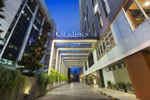 Citadines Rasuna Jakarta outside view of the facade