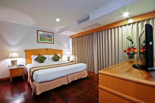 Admiral Suites Sukhumvit Executive Suite