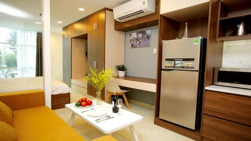 Fully equipped modern kitchen area