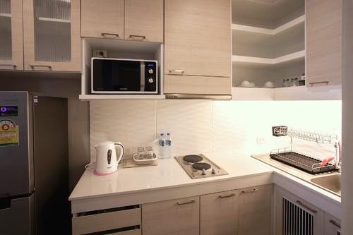 Fully equipped with modern kitchen applainces